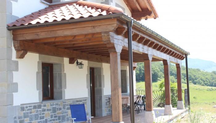 Porche de madera 2 - Maderas Jimeno